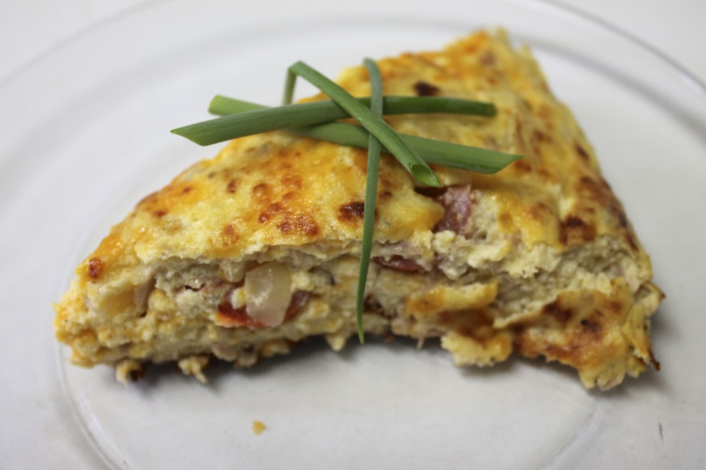 This Tuna & Tomato Frittata is sooooo Yummy! Easy to make too!