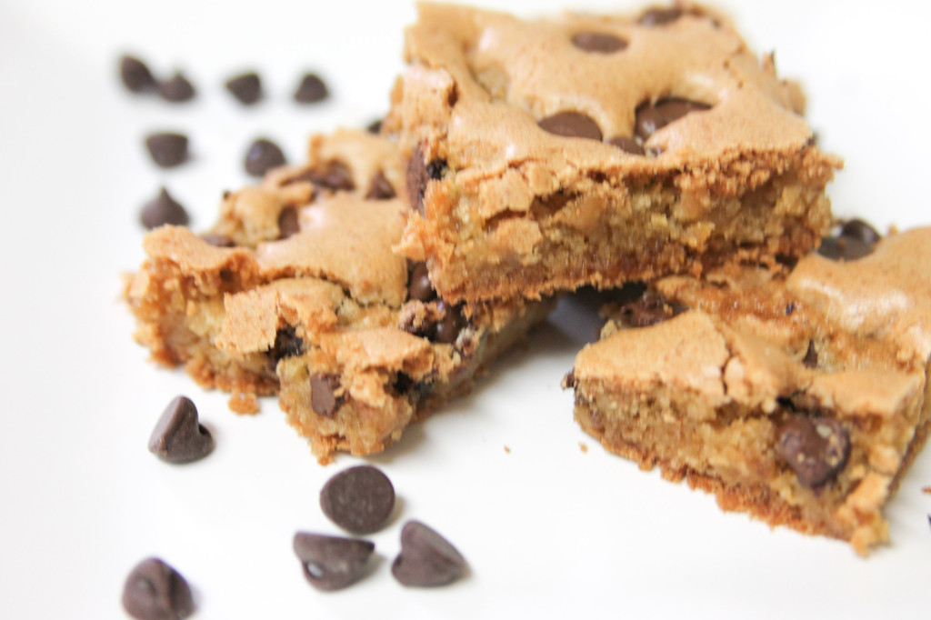 Chocolate Chip Blondies-6