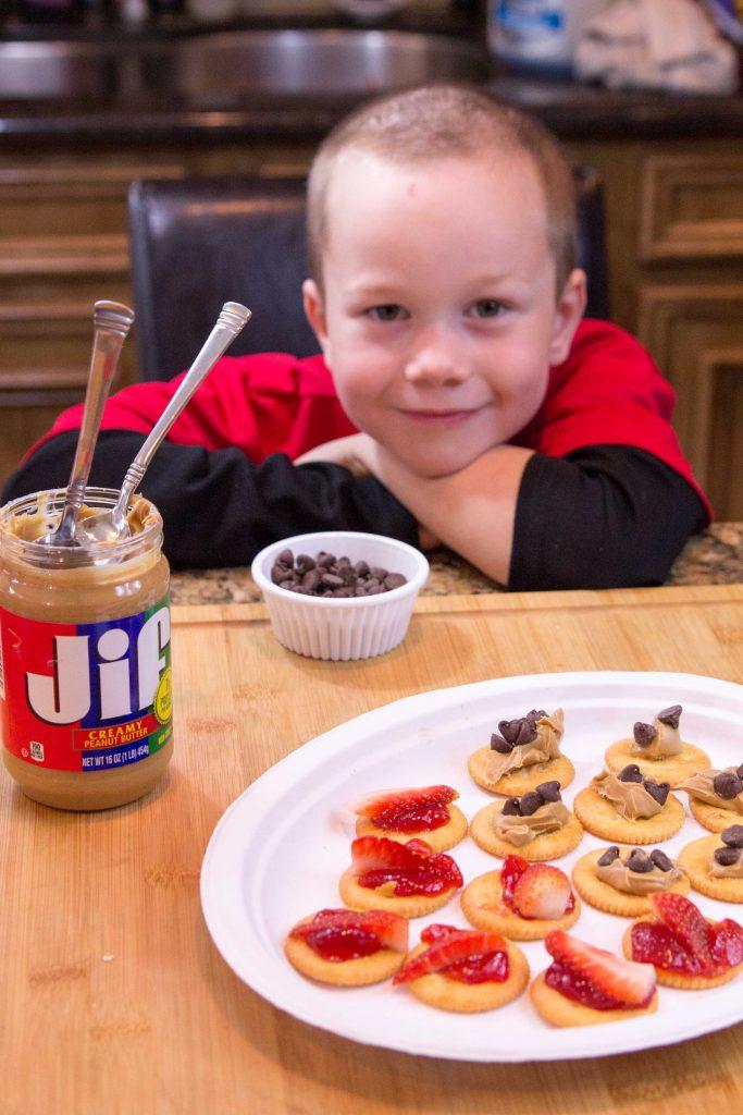 pb-j-cracker-snackers-4