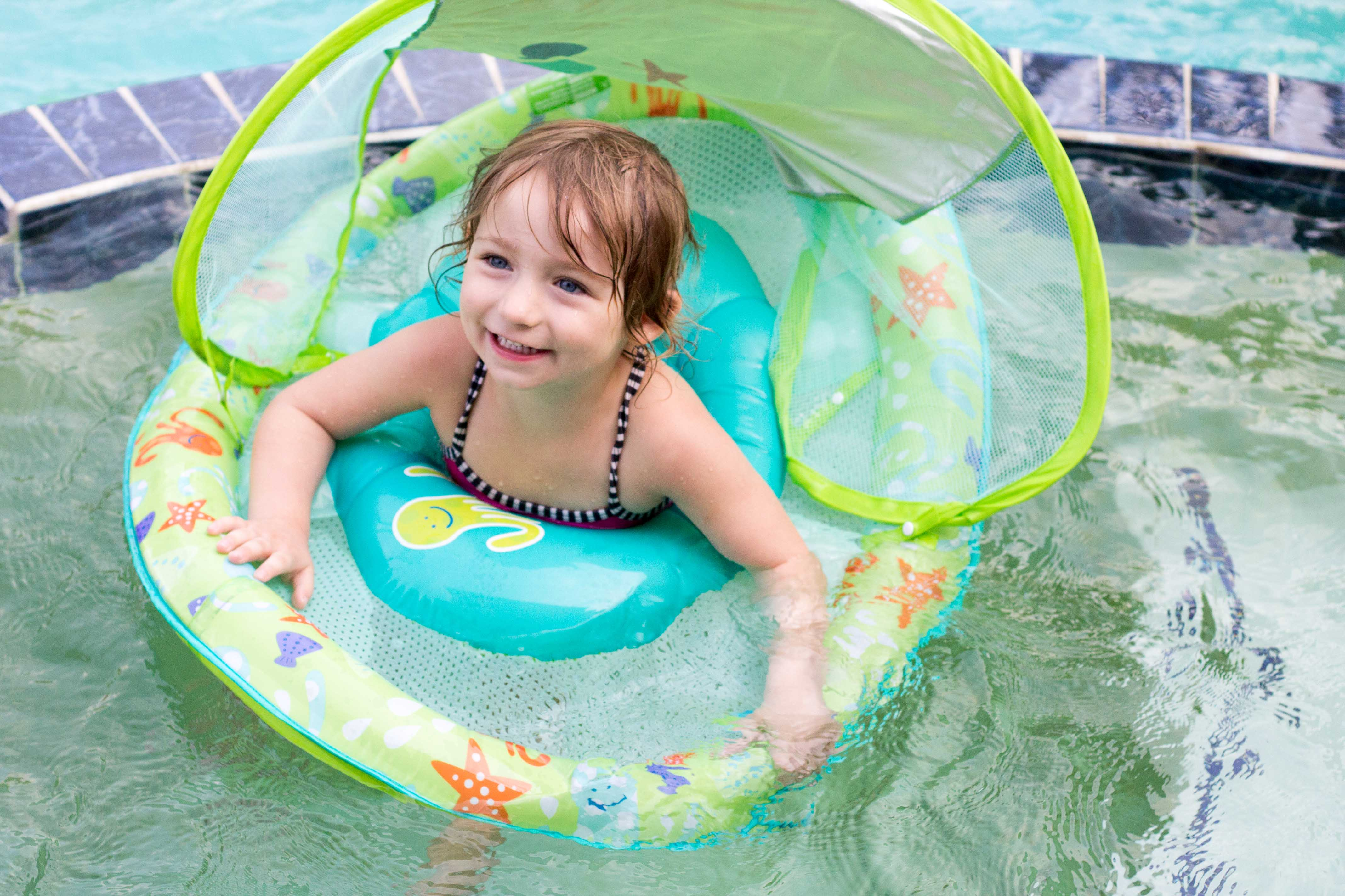6 Ways to Help your Little One Be Confident in the Water