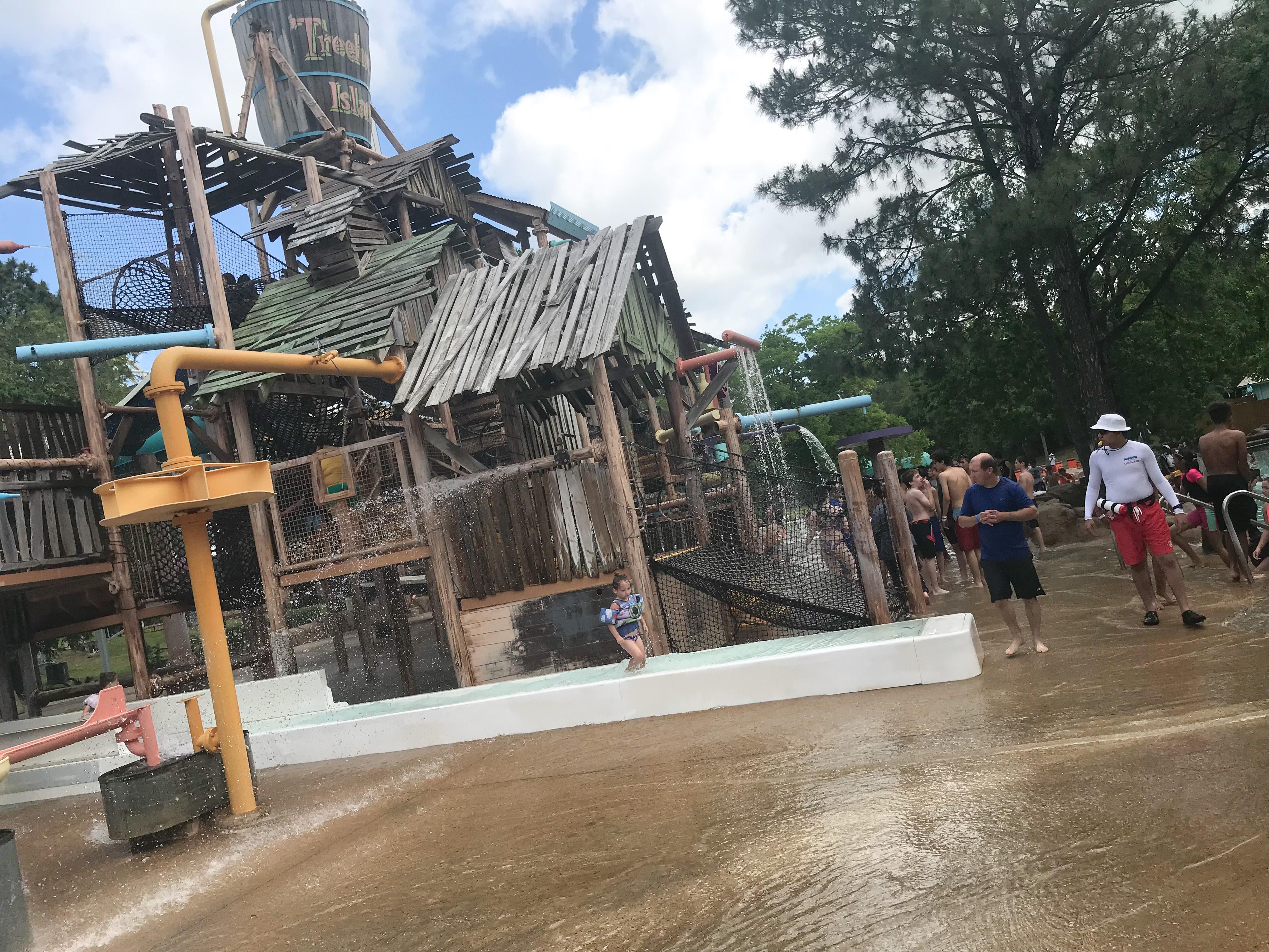 Make an Epic Start to Summer 2018 at Wet 'n' Wild SplashTown