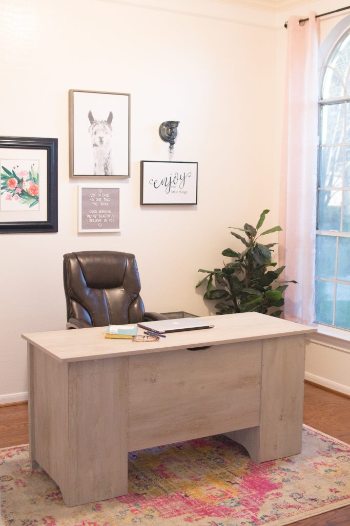 Feminine Office Makeover on a Budget
